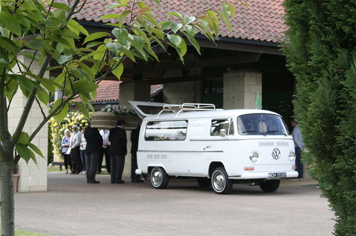 Funeral Transport - VW Camper
